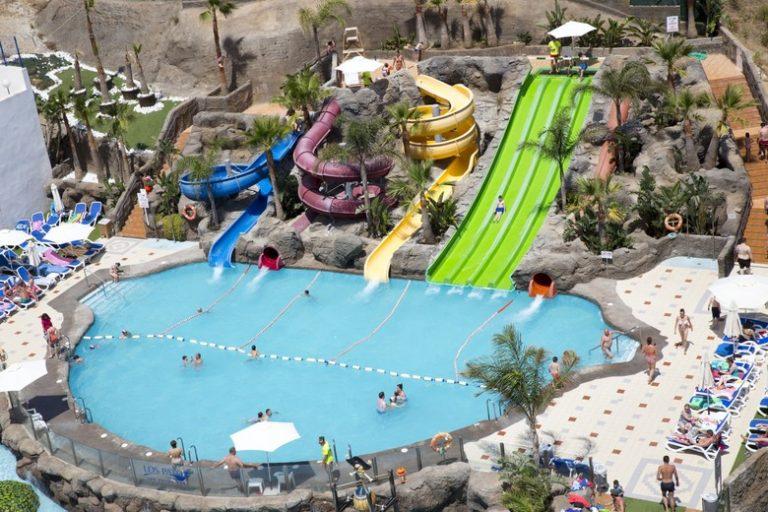 Hotel los patos park. Parque acuático en Málaga
