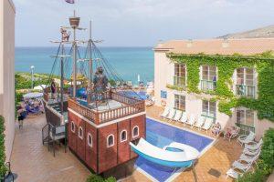 Hotel para niños en Cala Menorca