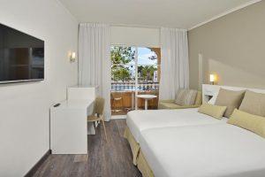 excelente hotel con actividades para niños en Menorca