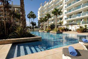 lujoso hotel para viajar con niños en Tarragona