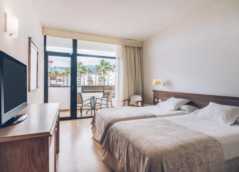 buen hotel con para familias con hijos en Tenerife