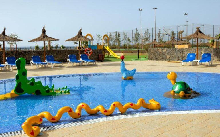 hotel para niños en fuerteventura con parque acuatico (1)