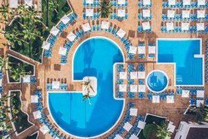 divertido hotel para niños en San Eugenio